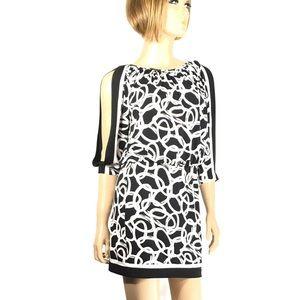 Cache Black & White Chain Print Split Sleeve Dress